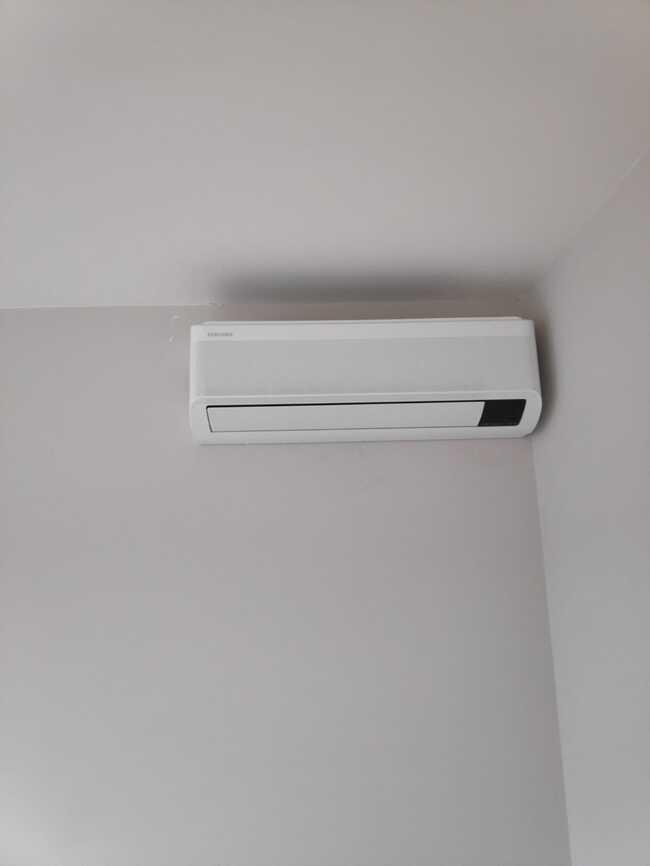 Realisatie Samsung multisplit aircowarmtepomp met 2 binnenunits wind free Elite + Comfort te Mere