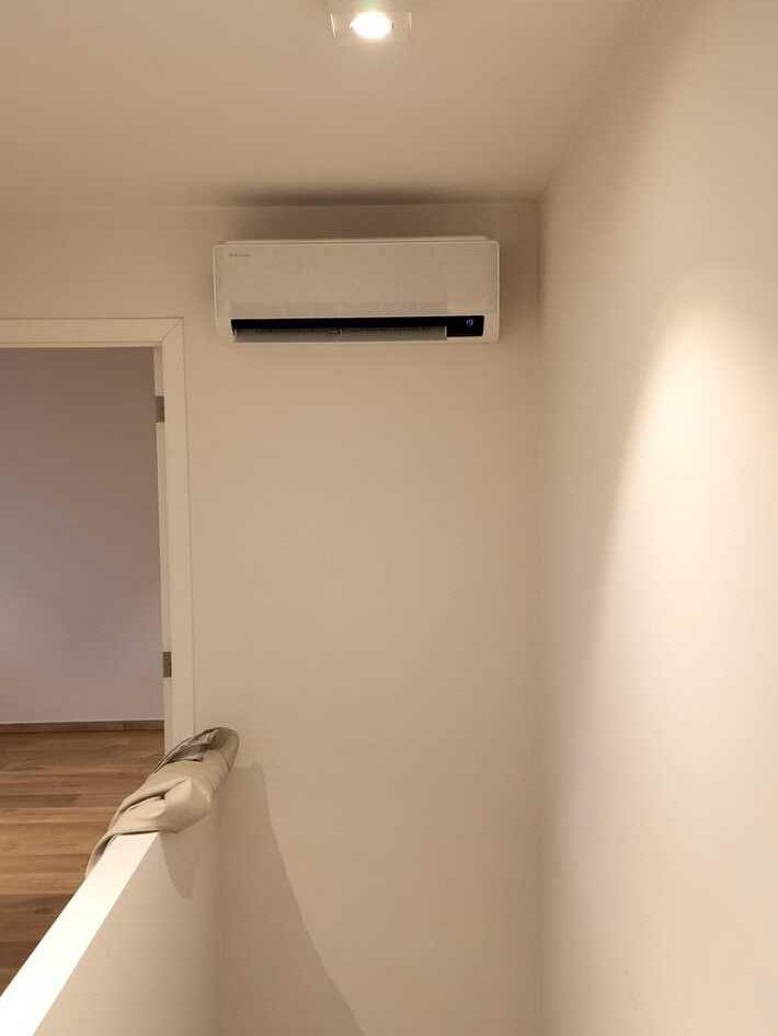 Realisatie Samsung multisplit aircowarmtepomp met 3 binnenunits wind free Comfort te Nieuwerkerken