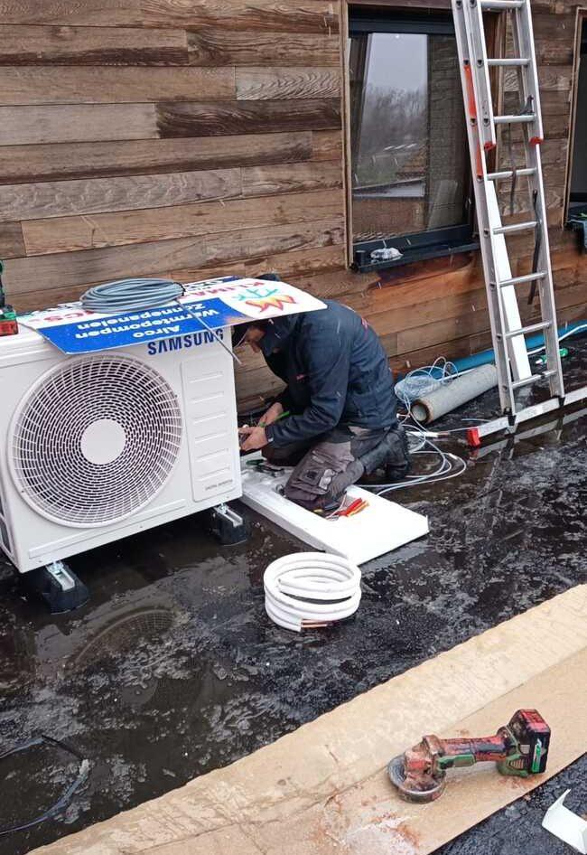 Realisatie Samsung multisplit aircowarmtepomp met 2 binnenunits wind free Comfort Nerenbroekstraat te Erpe-Mere