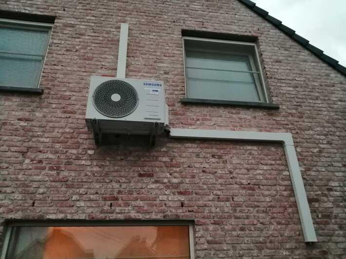 Realisatie Samsung multisplit aircowarmtepomp met 3 binnenunits wind free Elite + Comfort te Zottegem