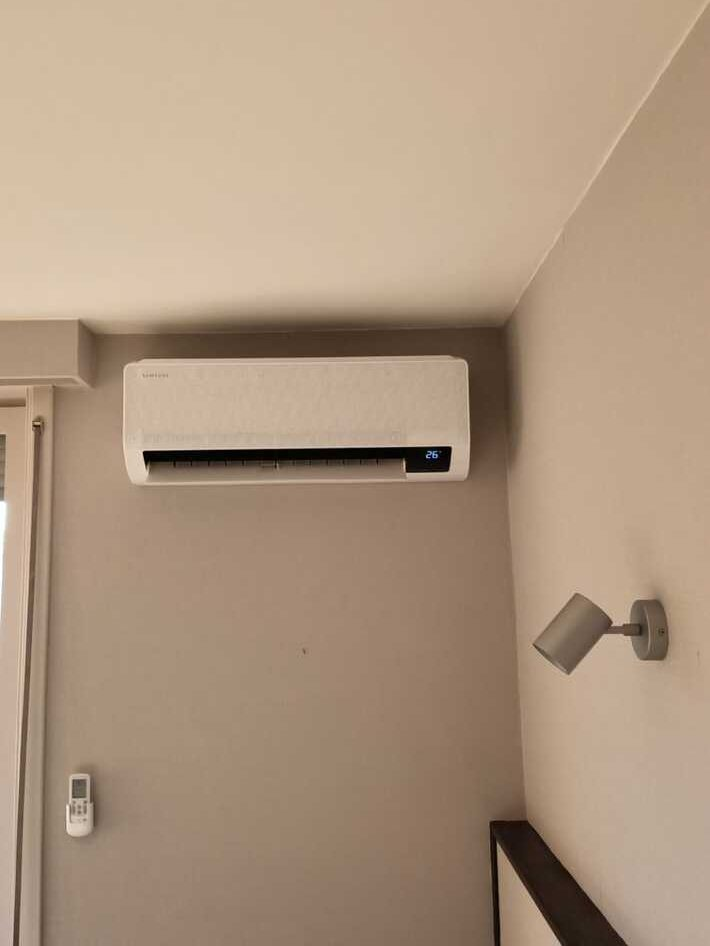Realisatie Samsung multisplit warmtepomp met 5 binnenunits wind free Comfort te Dilbeek