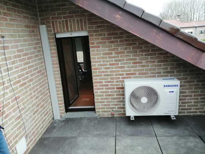 Realisatie Samsung multisplit aircowarmtepomp met 2 binnenunits wind free Elite + Comfort Hillegem