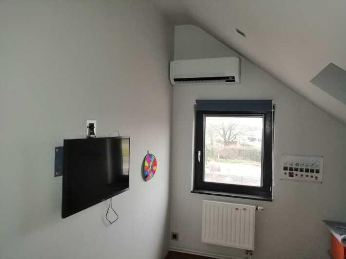 Realisatie Samsung multisplit aircowarmtepomp met 3 binnenunits wind free Comfort te Hostade
