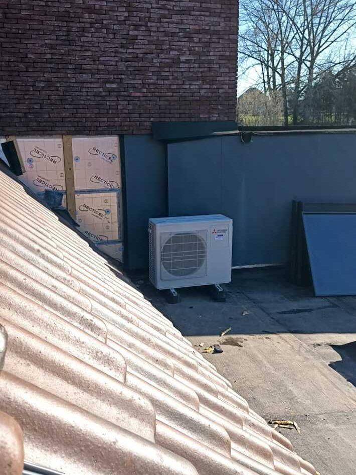 Realisatie 2x Mitsubishi multisplit aircowarmtepomp met 5 binnenunits te Haaltert