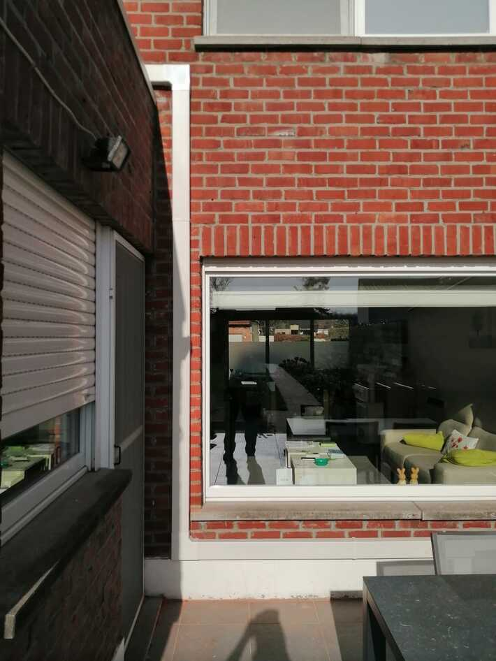 Realisatie Samsung multisplit aircowarmtepomp met 2 binnenunits wind free Comfort +vloermodel te Hillegem