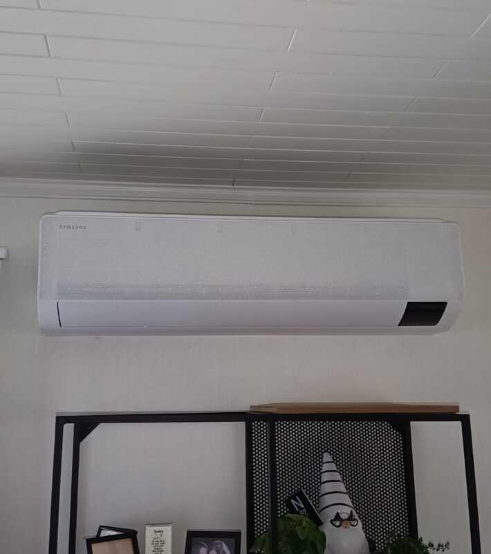 Realisatie Samsung multisplit aircowarmtepomp met 3 binnenunits wind free Comfort te Herdersem