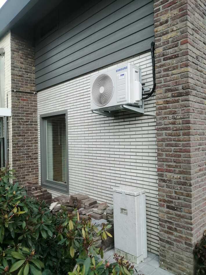 Realisatie Samsung multisplit aircowarmtepomp met 4 binnenunits Winfd Free Comfort + Elite te Zottegem