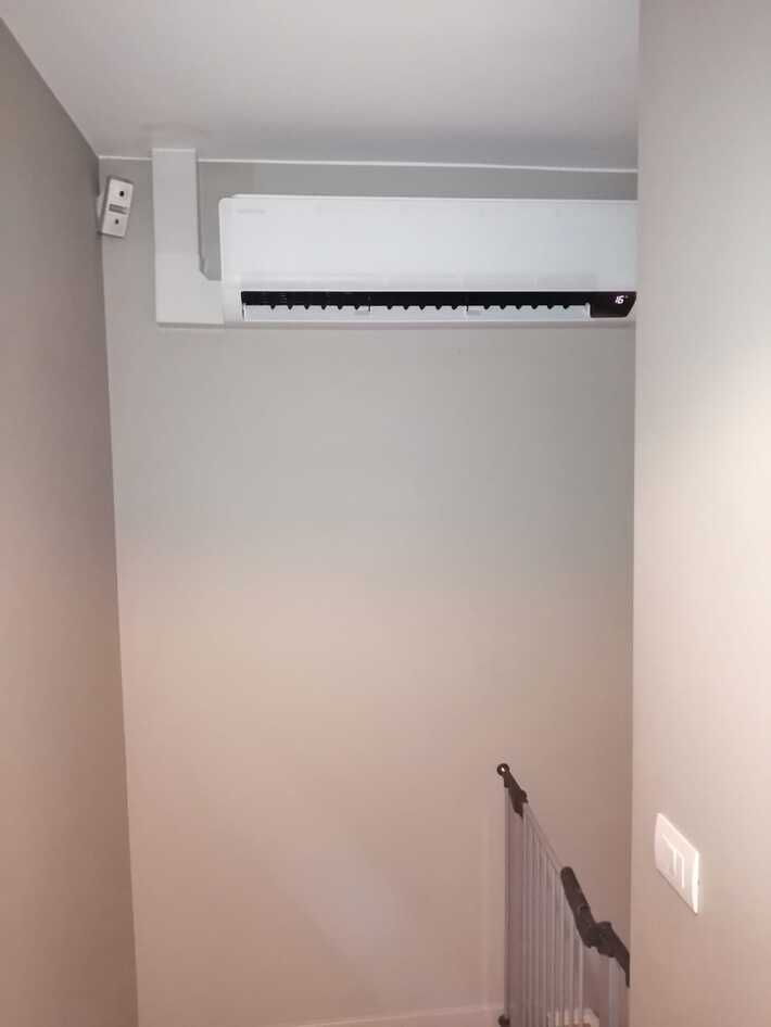 Realisatie Samsung multisplit aircowarmtepomp met 2 binnenunits wind free Comfort te Kasteelstraat in Hofstade