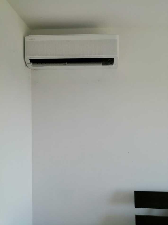 Realisatie Samsung multisplit aircowarmtepomp met 3 binnenunits wind free Comfort De Pinte