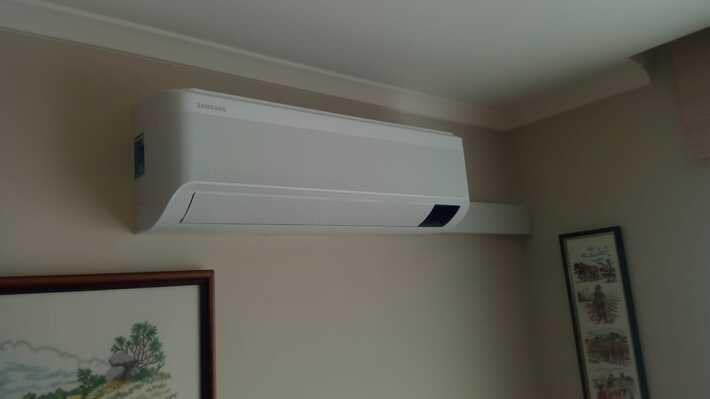 Realisatie Samsung multisplit aircowarmtepomp met 4 binnenunits Wind Free Comfort + Elite te Zottegem