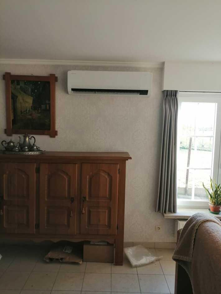 Realisatie Samsung multisplit aircowarmtepomp met 3 binnenunits Wind Free Comfort + Elite te Moortsele - Oosterzele