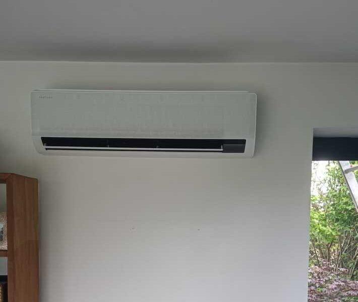 Realisatie Samsung multisplit airco/warmtepomp met 3 binnenunits wind free Comfort te Oostakker