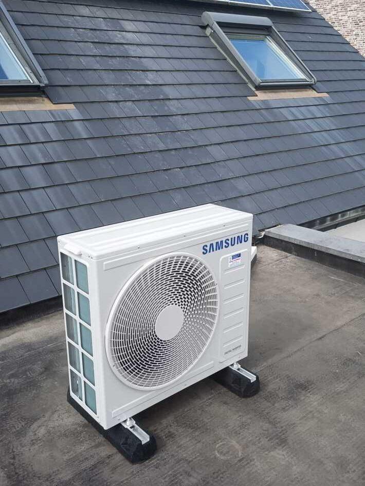 Realisatie Samsung multisplit aircowarmtepomp met 3 binnenunits Wind Free Elite te Zottegem