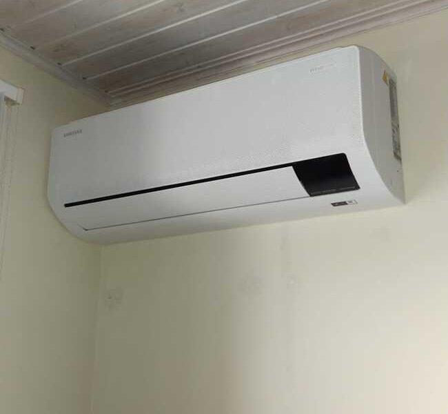 Realisatie Samsung multisplit airco/warmtepomp met 4 binnenunits wind free Comfort in de Tiende Vrijstraat te Aalst