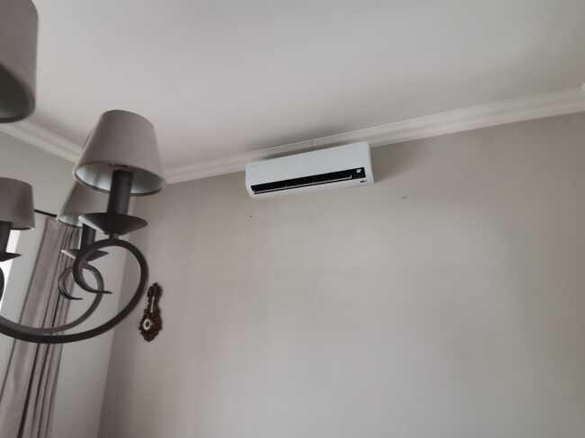 Realisatie Samsung multisplit airco/warmtepomp met 3 binnenunits Wind Free Comfort te Schellebelle