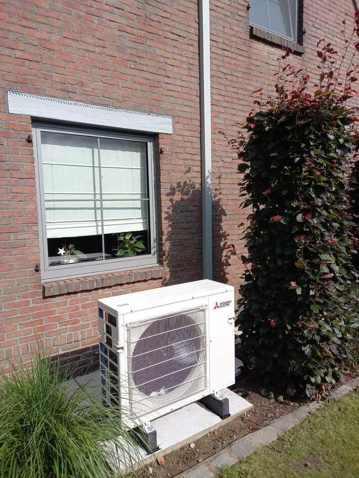 Realisatie 2x Mitsubishi multisplit aircowarmtepomp met 5 binnenunits te Merelbeke