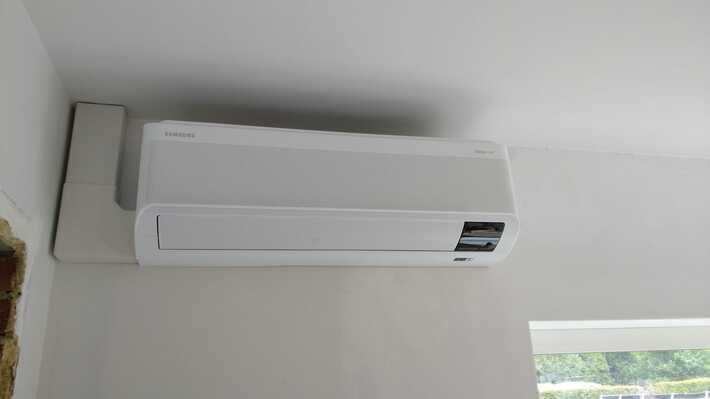 Realisatie Samsung multisplit aircowarmtepomp met 3 binnenunits wind free Comfort + Elite te Herzele