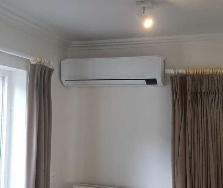 Realisatie Samsung 2x multisplit airco/warmtepomp met 4 binnenunits Wind Free Comfort te Burst/Erpe-Mere